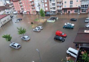 POGLEDAJTE FOTOGRAFIJE IZ MODRIČE: Ulice poplavljene, situacija nije nimalo dobra