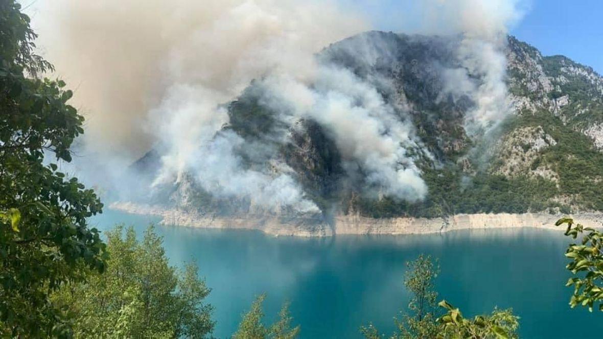 Pogledajte fotografije kako nestaje šuma iznad Jablaničkog jezera – Haber.ba
