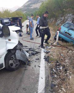 Stravična nesreća kod Ljubinja: Dvoje poginulo u sudaru