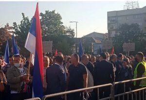 SNSD organizovao proteste u Bijeljini protiv gradonačelnika iz SDS-a